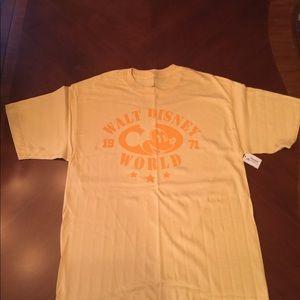 Disney Parks Disney World T-shirt MEDIUM